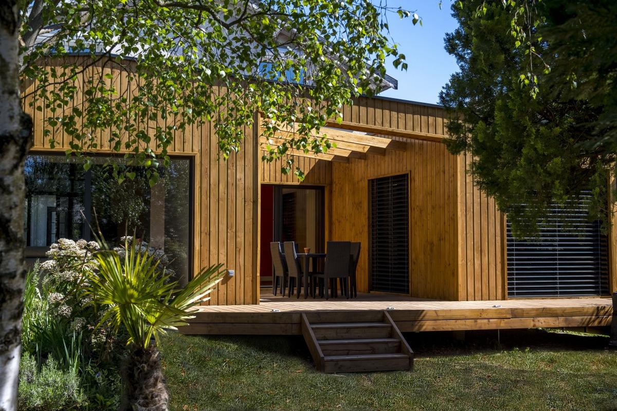 Réhabilitation et extension en bois