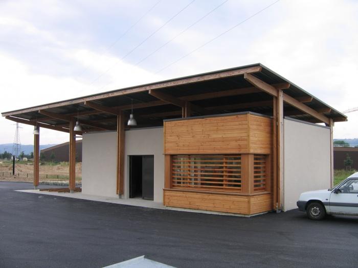Construction du bâtiment d'exploitation de la déchetterie de Mercurol (26)
