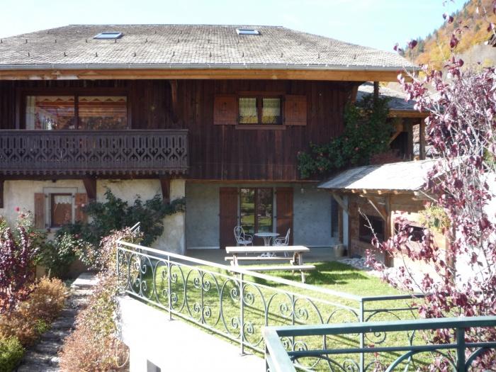 Extension d 39 une chambre d 39 hote montriond - Creation maison d hote ...