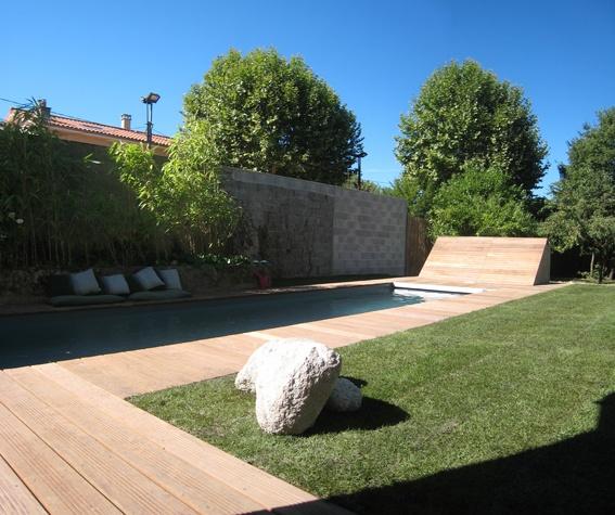 Construction d 39 une piscine saint genis laval saint for Piscine 50m lyon