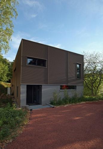 Maison contemporaine HQE à Pommiers