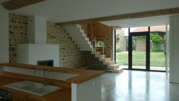 Réhabilitation d'une Maison dans les Monts d'Or : chir38.jpg