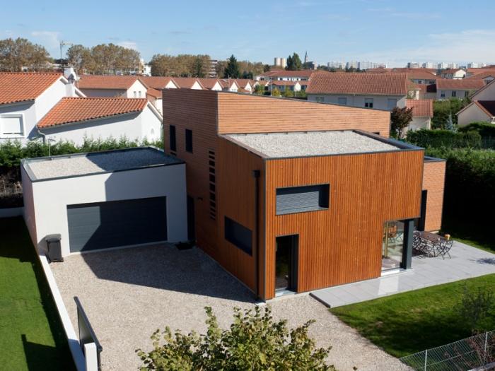 maison contemporaine BBC Rillieux-la-Pape : maison bbc ocube architecte lyon.jpg