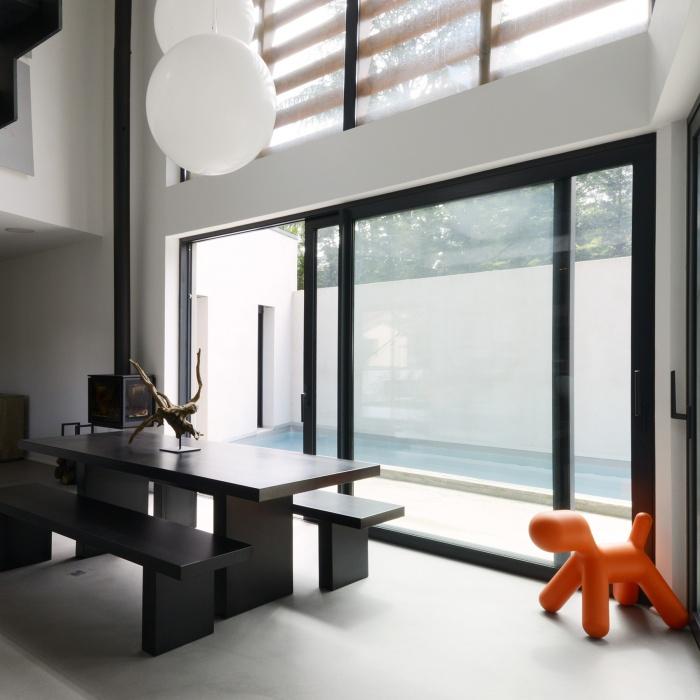 maison contemporaine Lyon 5ème : espace repas maison contemporaine.jpg