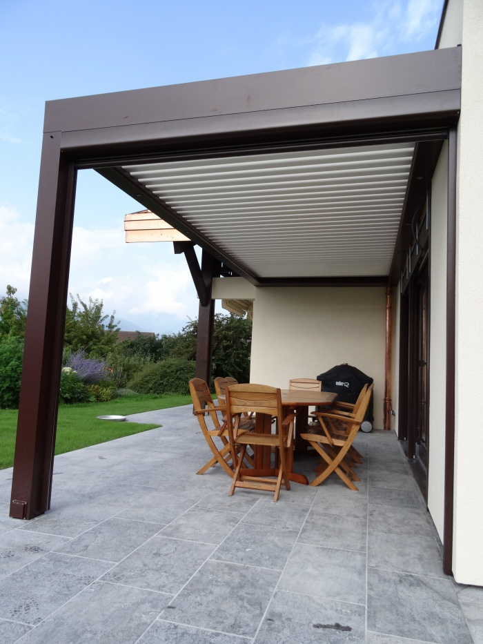 Réhabilitation et extension maison : Pergola bioclimatique