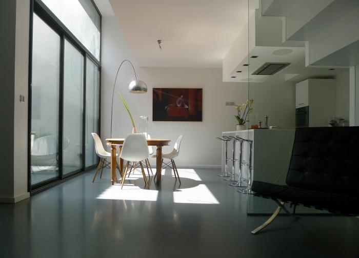 Transformation d'un entrepot en habitation.