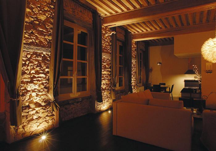 appartement duplex dans immeuble d but xix eme lyon. Black Bedroom Furniture Sets. Home Design Ideas